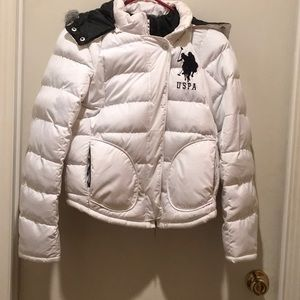 PUFFER JACKET BY POLO FOR USPA ASSN WHITE W/HOOD